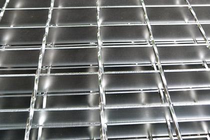 黑龙江镀锌钢格栅板