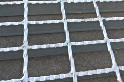 黑龙江齿形钢格栅板